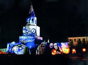 Новогоднее превращение Спасской башни в гигантский экран