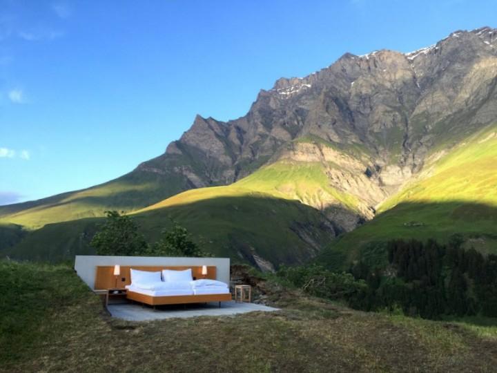 Отель одной кровати в горах
